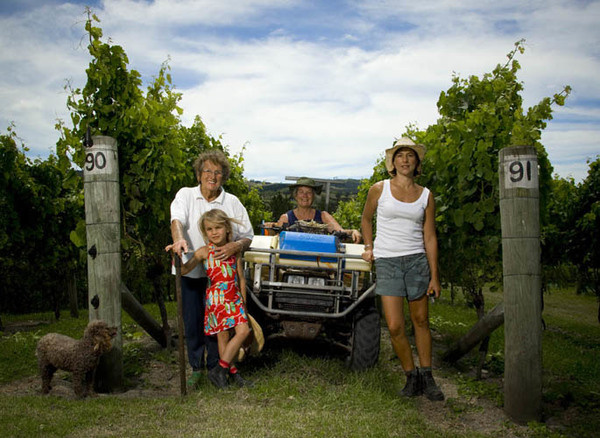 HASLAM FAMILY-WINEMAKERS-TI POINT